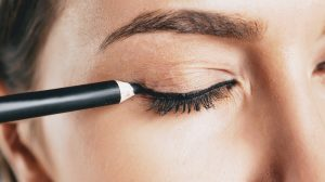 9 Best Waterproof Eyeliner (Reviews)